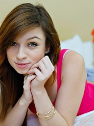 :: Teamskeet.com presents Naveen Ora wide Pot Smoking Hottie Loves Detect ::