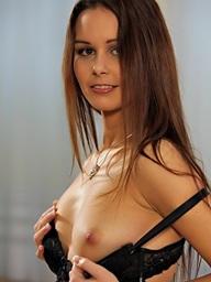 Laura 19
